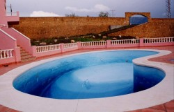 pool with house 2